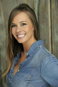 Kate Paul Headshot